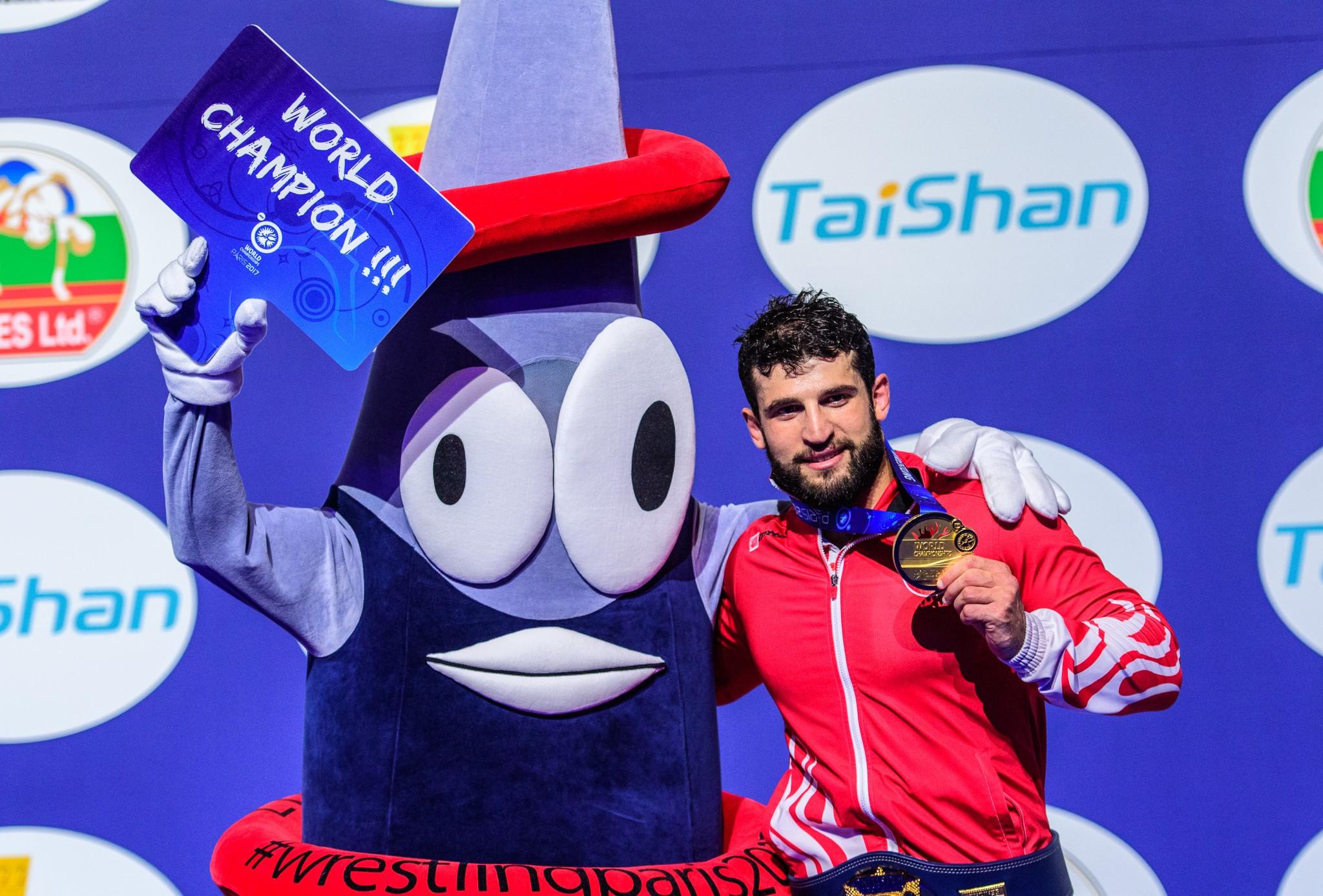 Metehan Basar of Turkey claimed the 85kg honours ©UWW