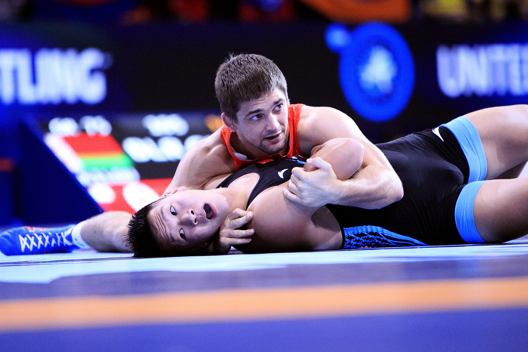 Russian Aleksandr Chekhirkin had to settle for 75kg silver as his country failed to win gold on day one ©UWW