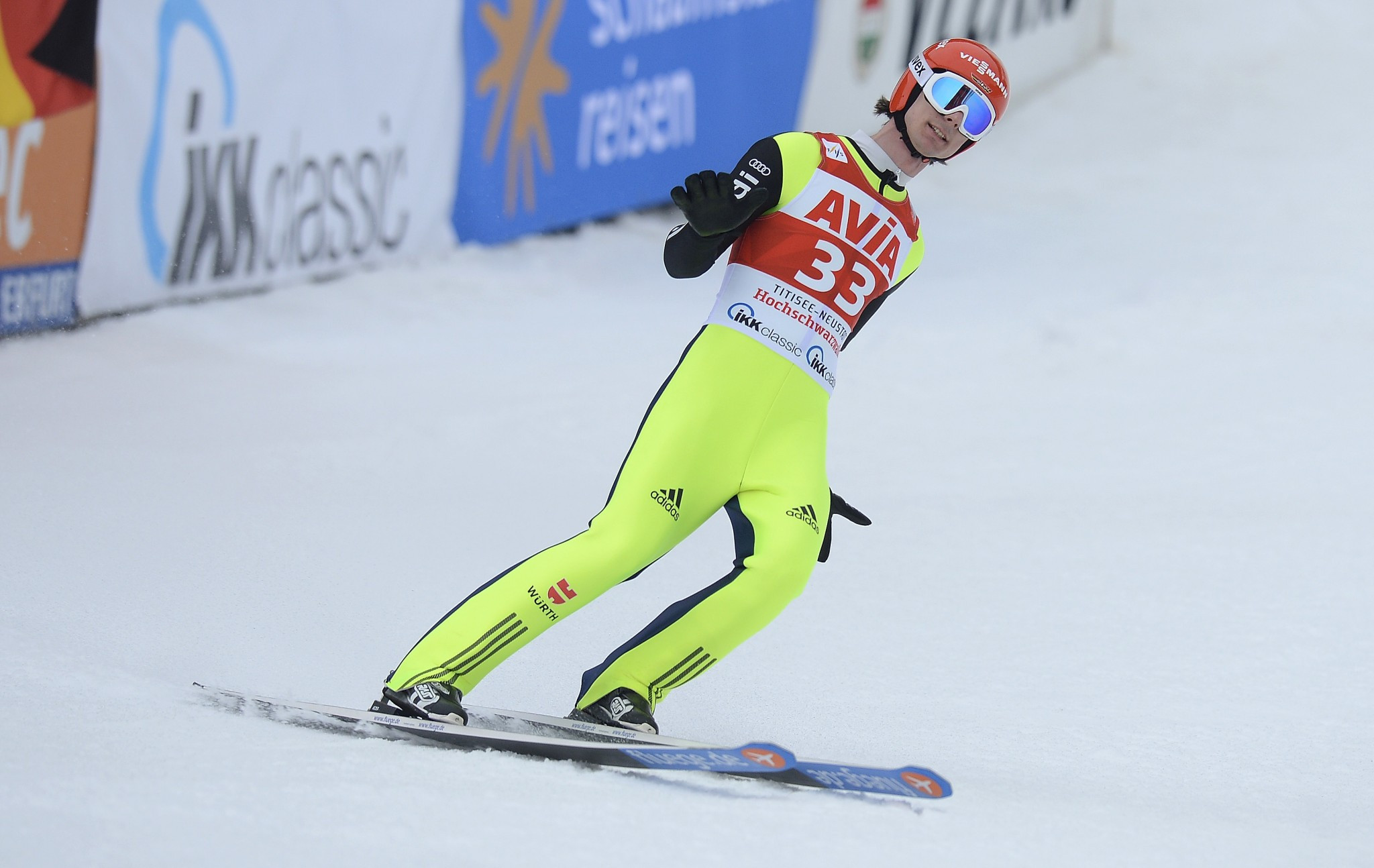 Olympic ski jumping champion hit with back injury