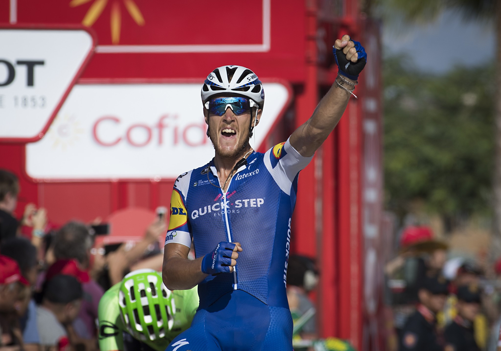 Trentin wins Vuelta stage four as Froome keeps hold of lead