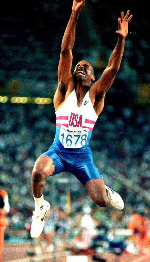 Edwards and Stanley closely studied the technique of Mike Conley of the United States, pictured winning the 1992 Olympic title in Barcelona. Conley could only manage seventh place in the  1995 world final ©Getty Images