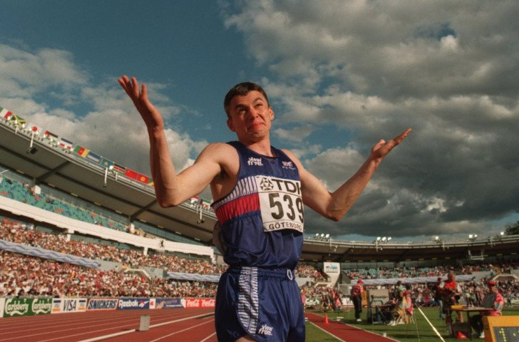 Britain's Jonathan Edwards reacts after setting the world triple jump record of 18.29m at the 1995 IAAF World Championships in Gothenburg. On August 7, the record will have lasted 20 years ©Getty Images