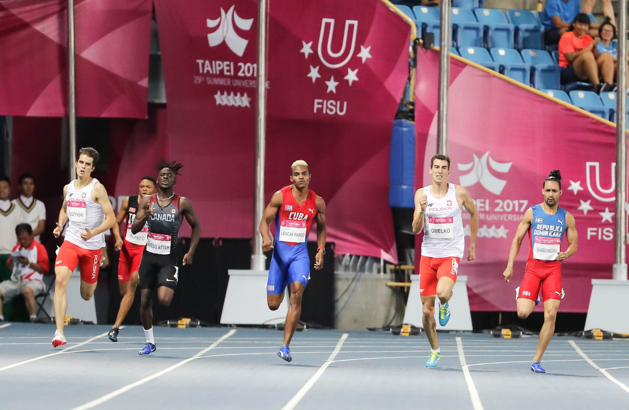 London 2012 silver medallist Santos defends Universiade 400m title