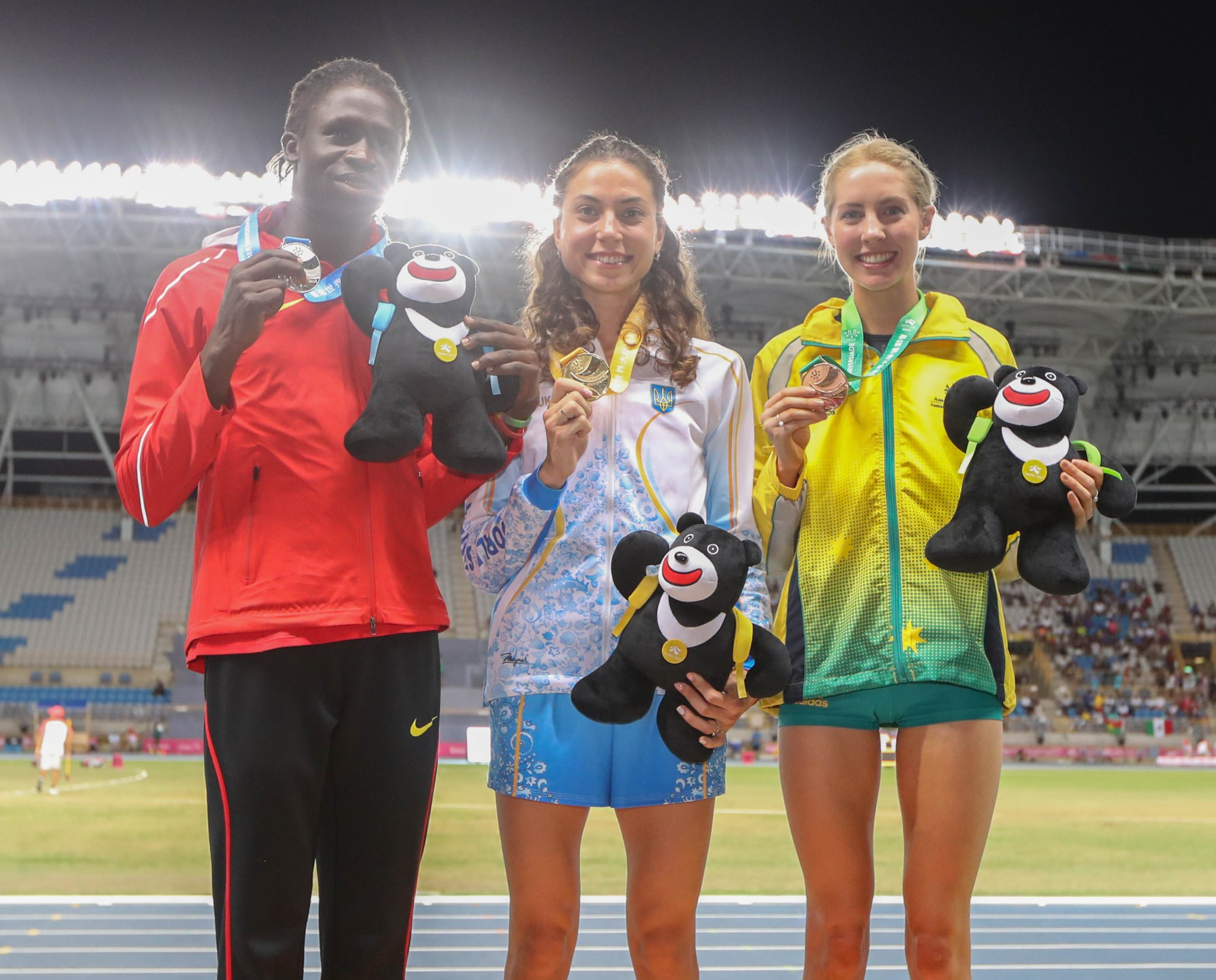 Olga Liakhova, centre, received the women's 800m gold at the medal ceremony before Cuba's Rose Almanza Blanco was reinstated ©Taipei 2017