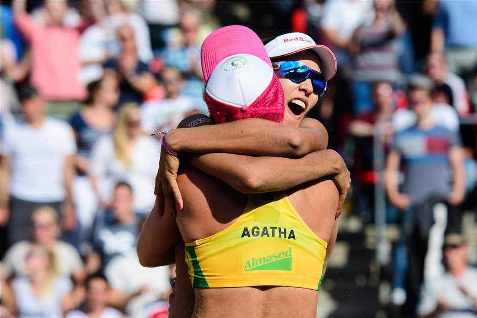 Ludwig and Walkenhorst to battle Brazilians for gold at FIVB Beach World Tour Finals