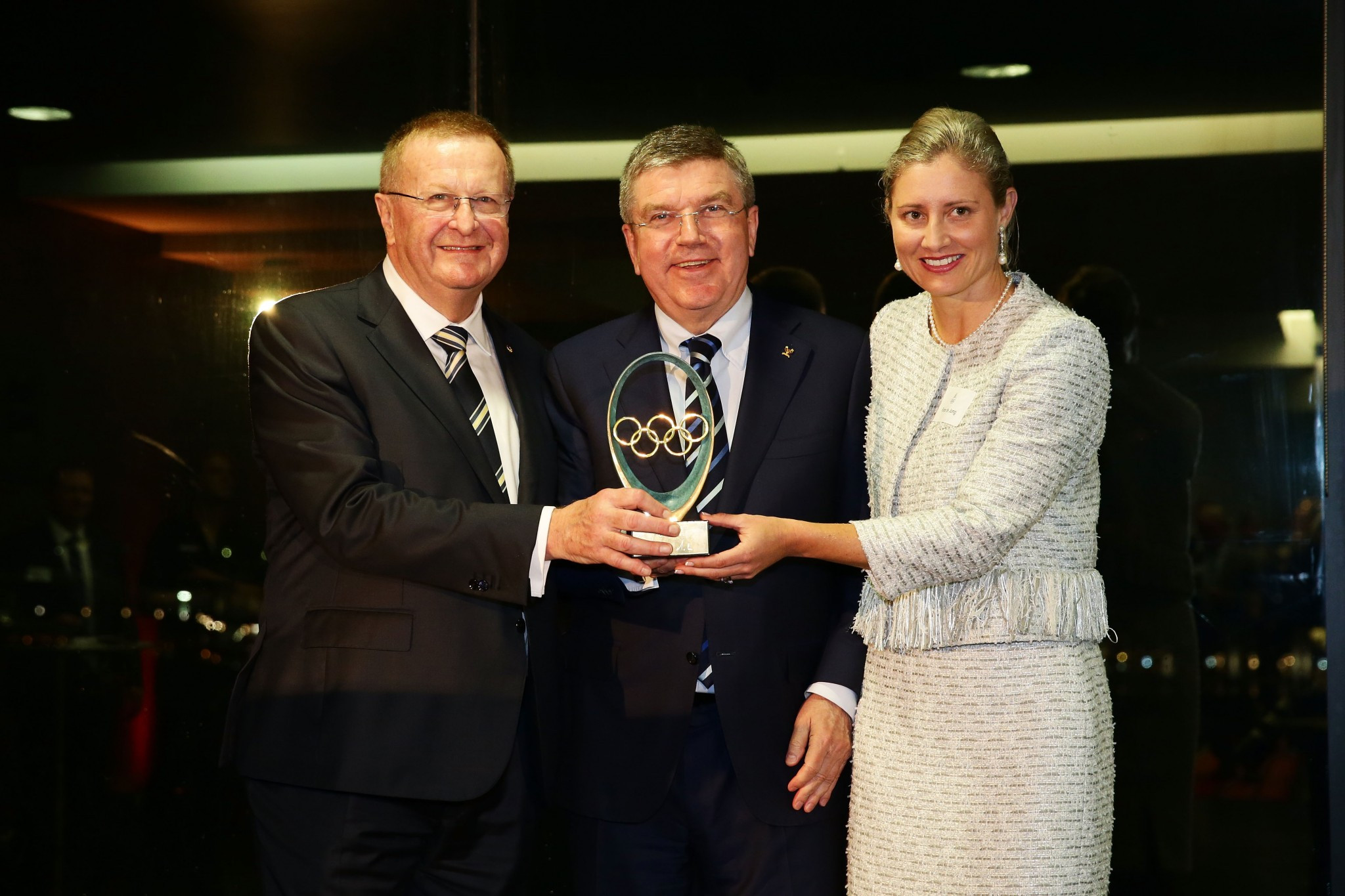 Fiona de Jong, right, pictured alongside John Coates, left, and IOC President Thomas Bach in April 2015 ©Getty Images