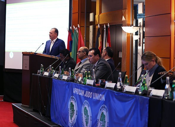 Vizer urges National Federations to continue to promote judo in Tokyo 2020 build-up