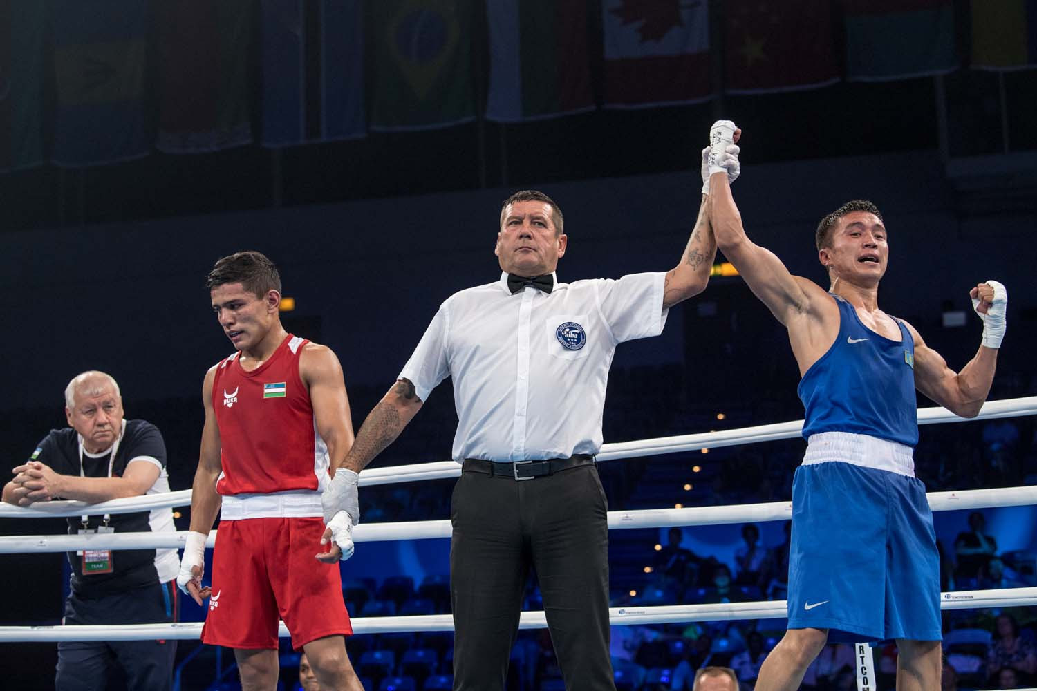 Top seed Akhmadaliev crashes out of AIBA World Championships