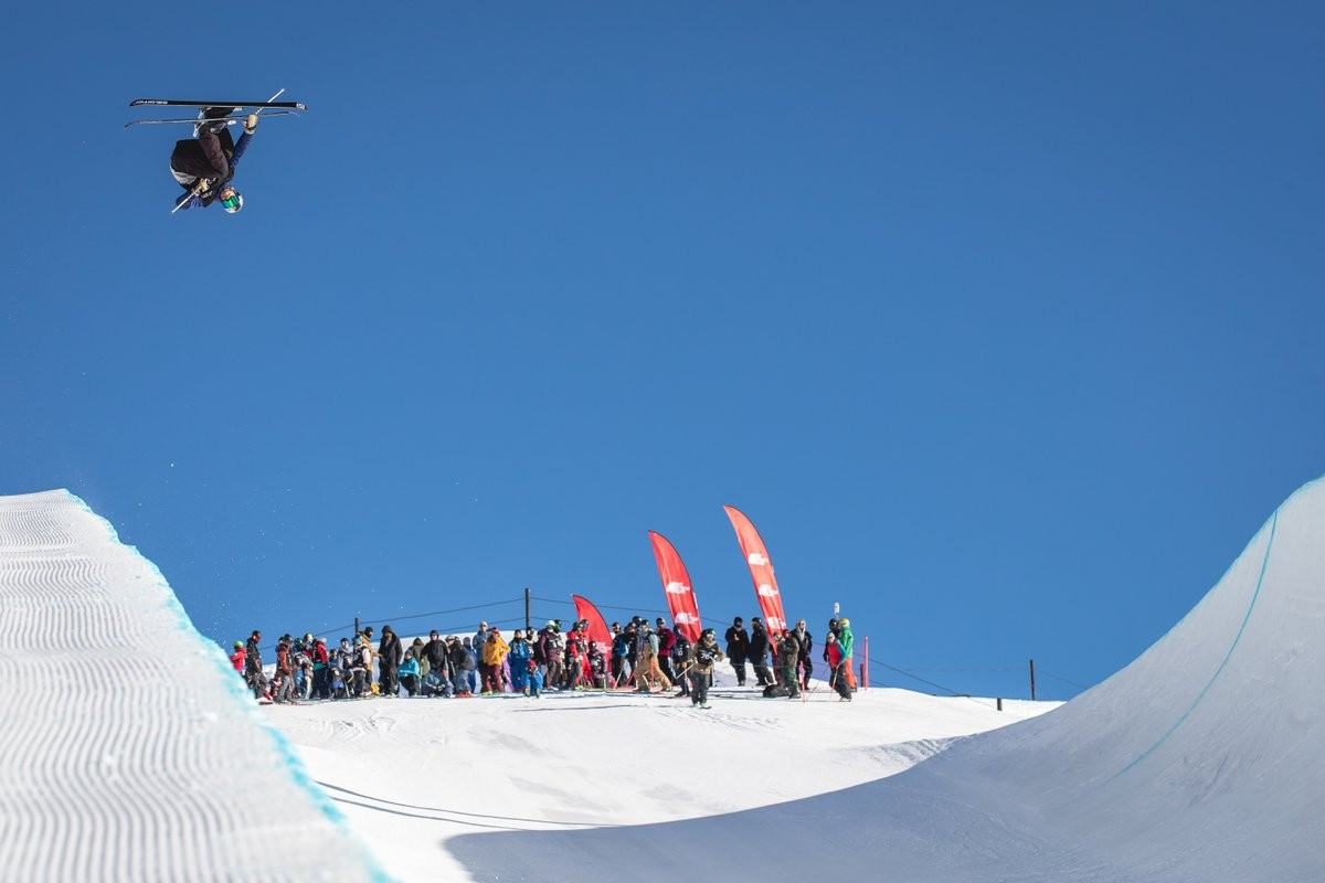 FIS Halfpipe World Cup in New Zealand delayed due to fog