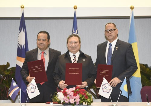 Chinese Taipei National Olympic Committee sign deals with Marshall Islands and Palau