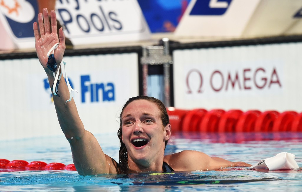 Morozov and Hosszú in emphatic form once again on first day of FINA World Cup leg in Singapore