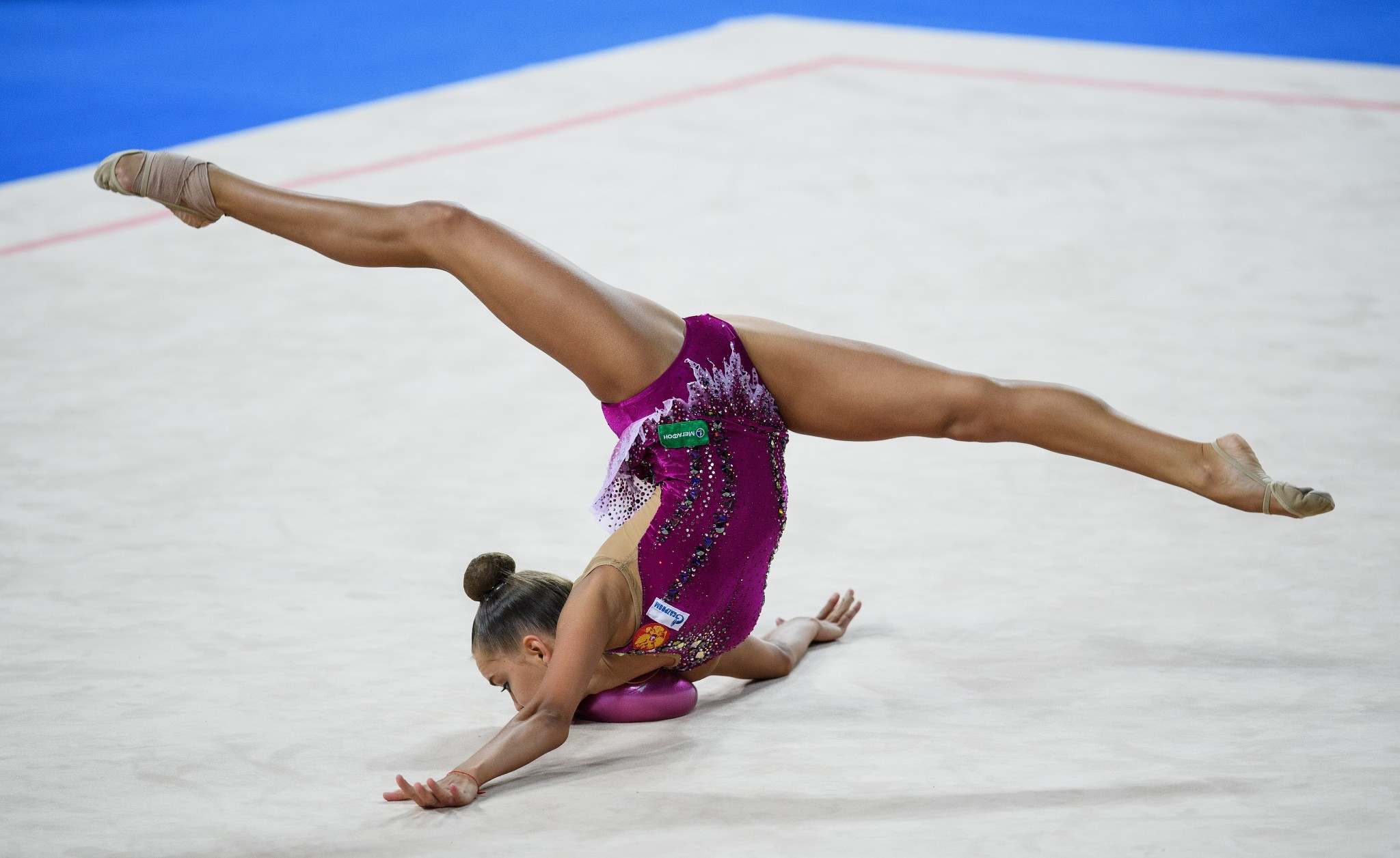 Dina Averina clinches all-around title at FIG Rhythmic Gymnastics World Championships