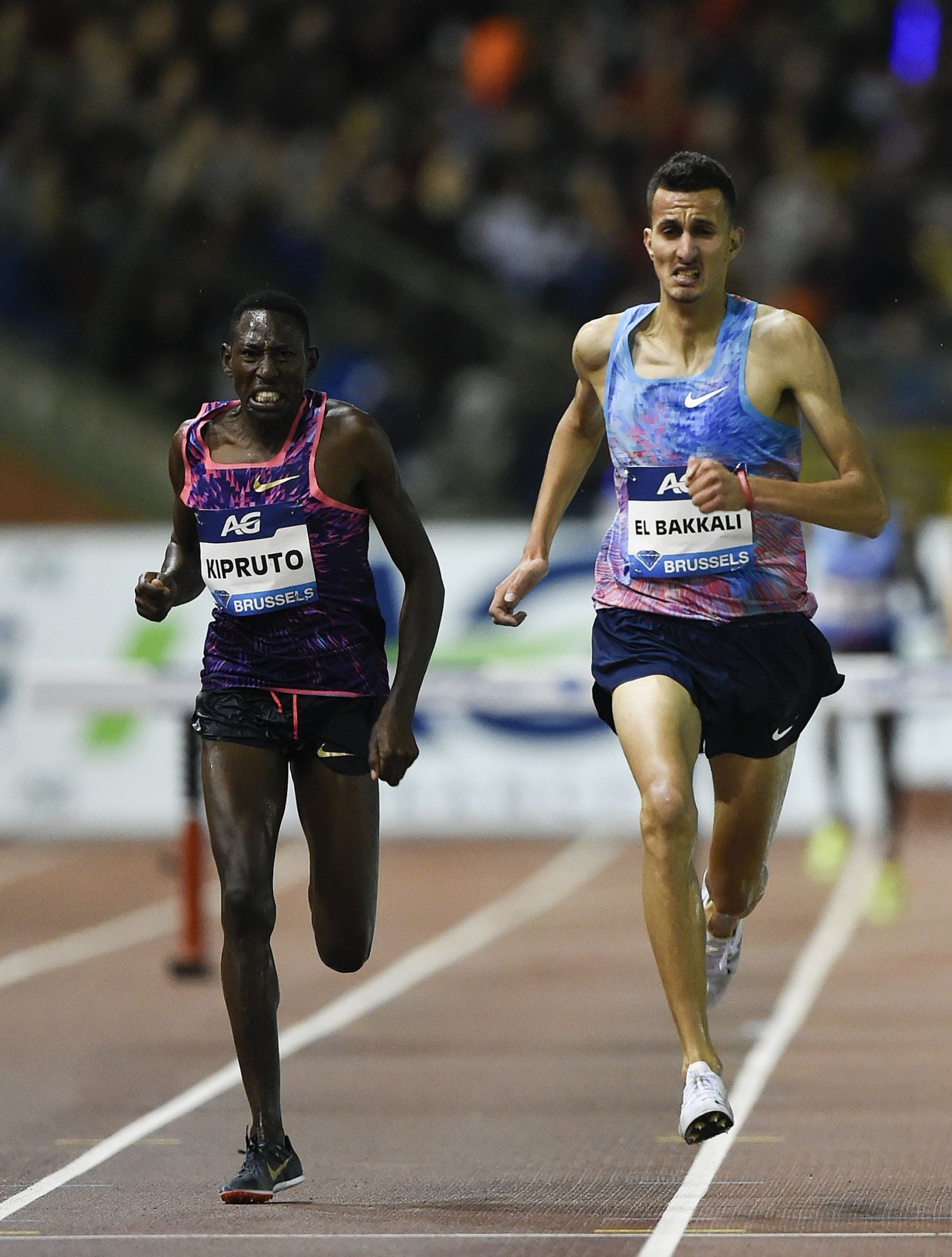 Kenya's world and Olympic 3,000m steeplechase champion Conseslus Kipruto chases down Morocco's Soufiane El Bakkali to win at the IAAF Diamond League final in Brussels tonight ©Getty Images