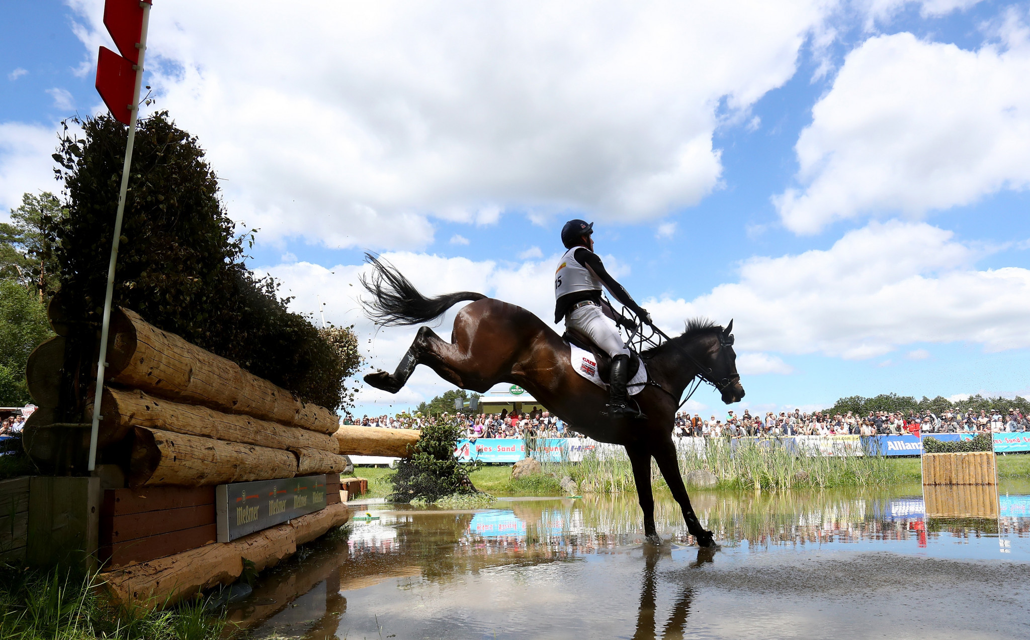 Townend takes over lead at Burghley Horse Trials