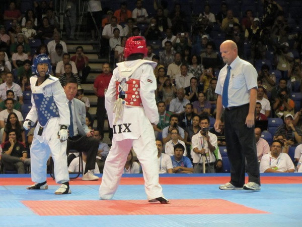 John Seiber refereeing in the United States ©USA Taekwondo