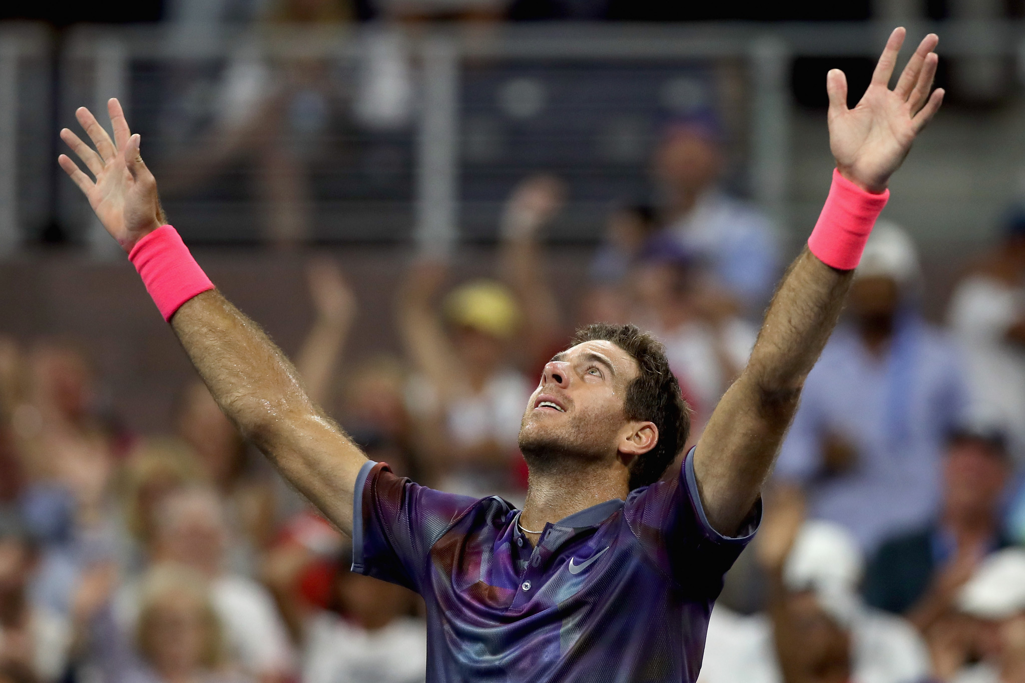 Del Potro recovers from two sets down to beat Thiem in US Open thriller
