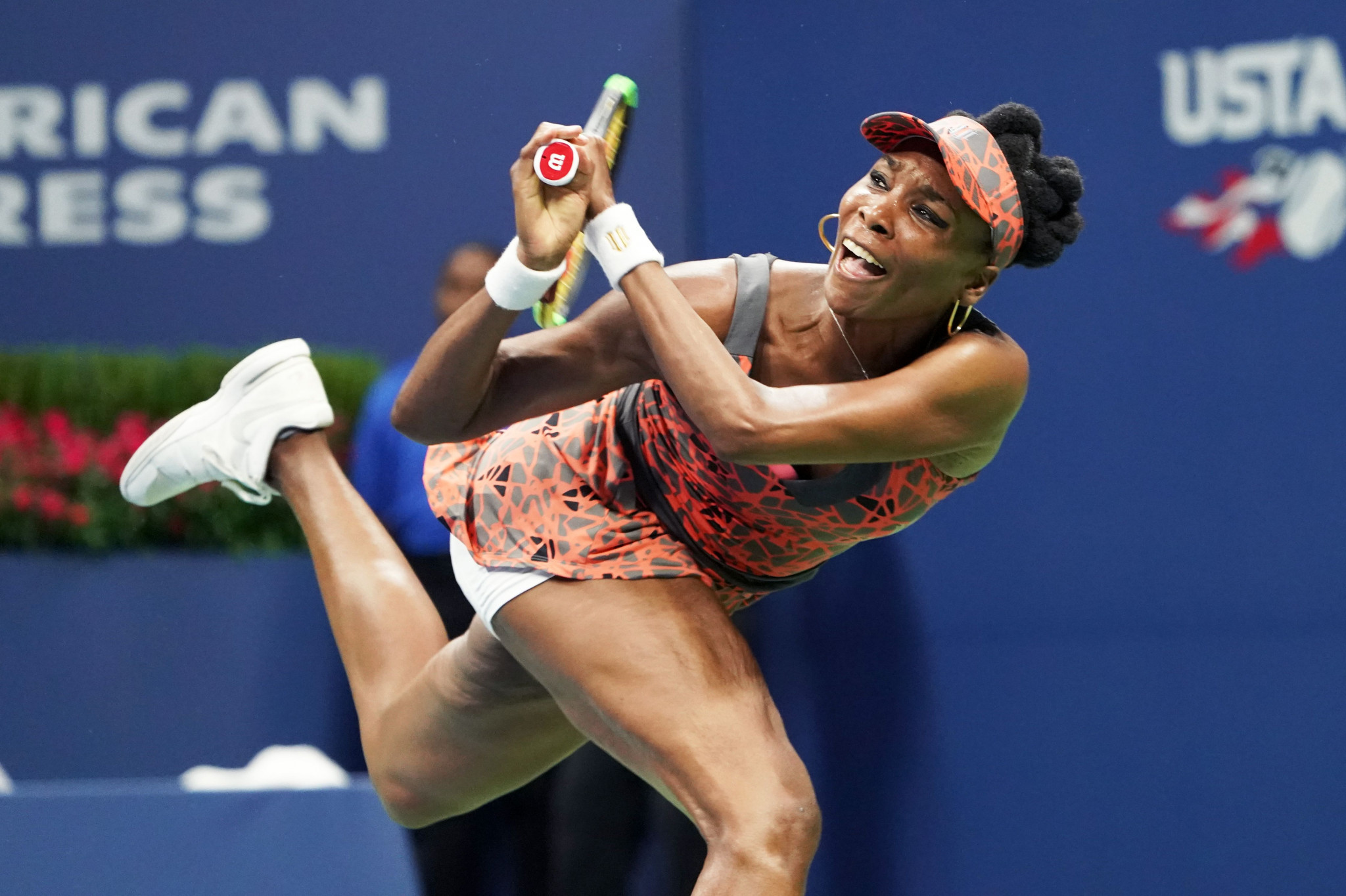 Williams reaches US Open semi-finals after thrilling win over Kvitová