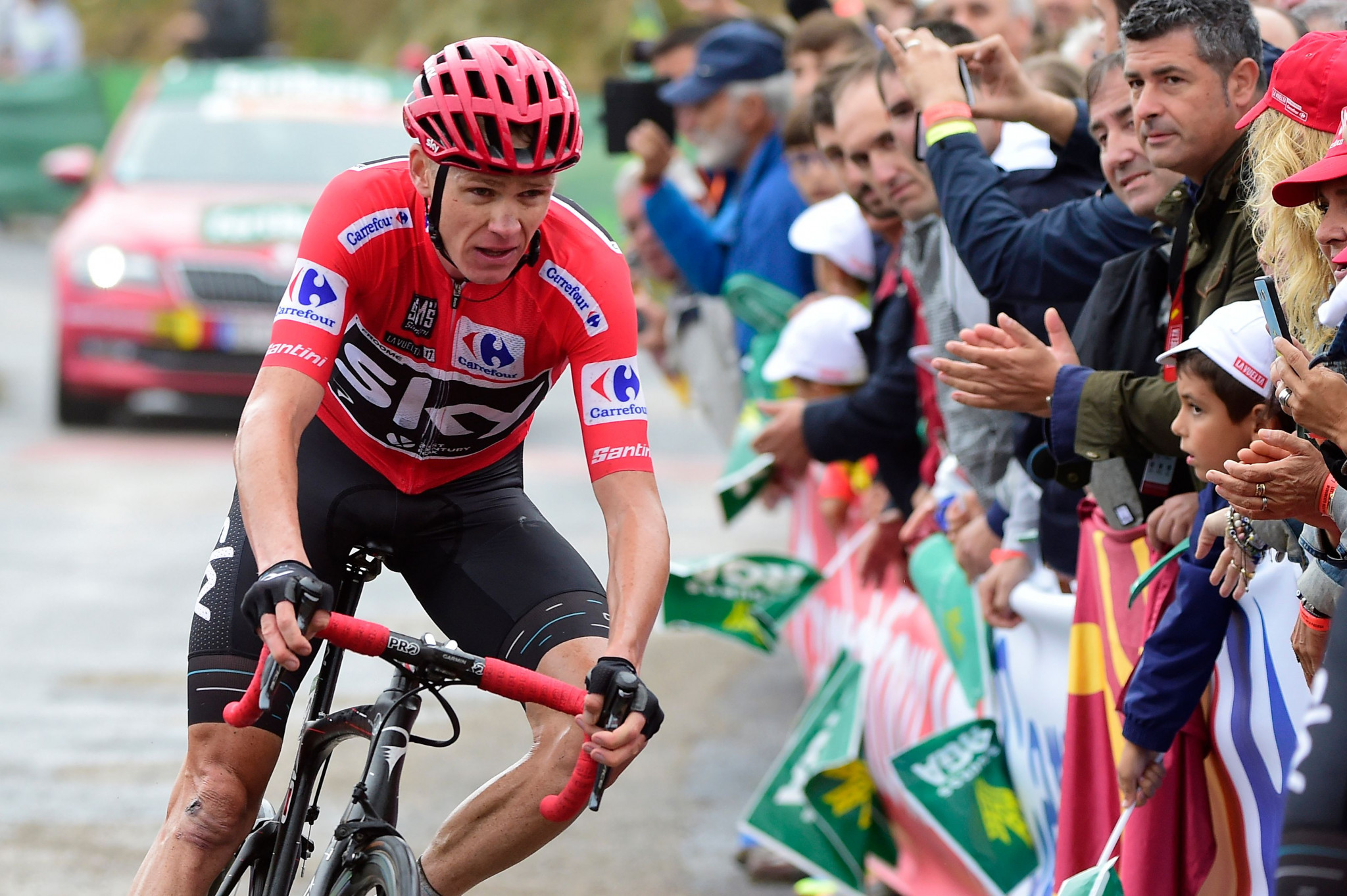 Froome sees Vuelta a España lead cut as Denifl earns solo stage win
