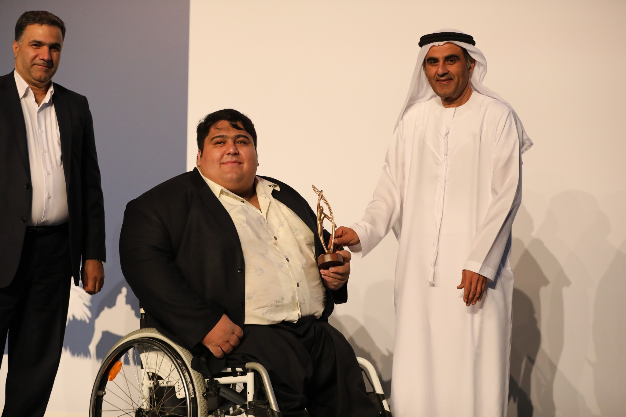 Iranian powerlifter Siamand Rahman won the best male prize at the 2017 Paralympic Sport Awards ©2017 IPC General Assembly LOC