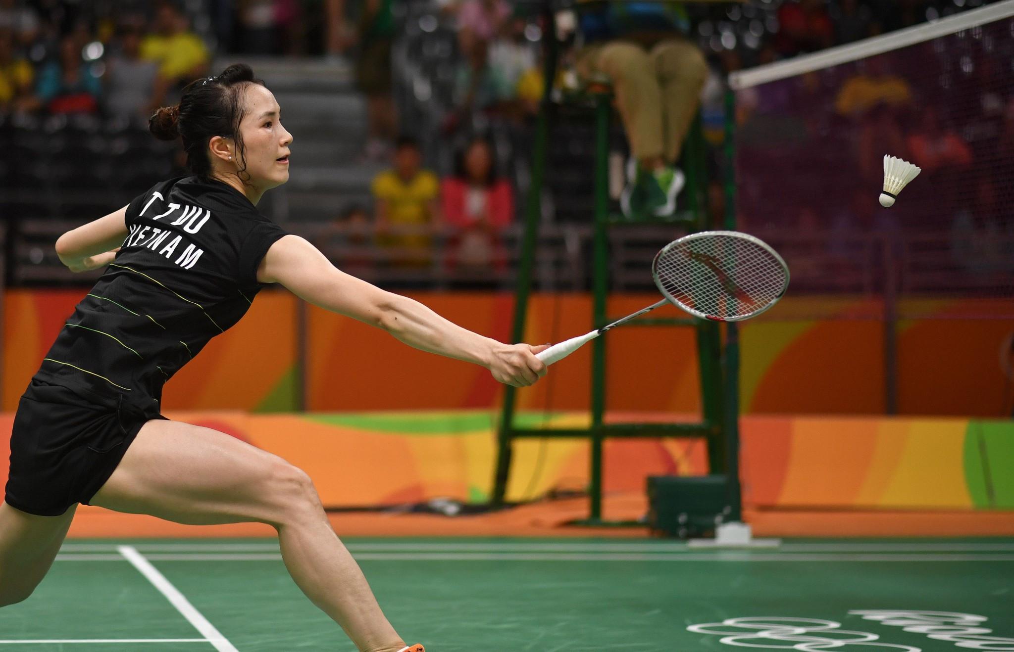 Vu keeps home hopes alive at BWF Vietnam Open