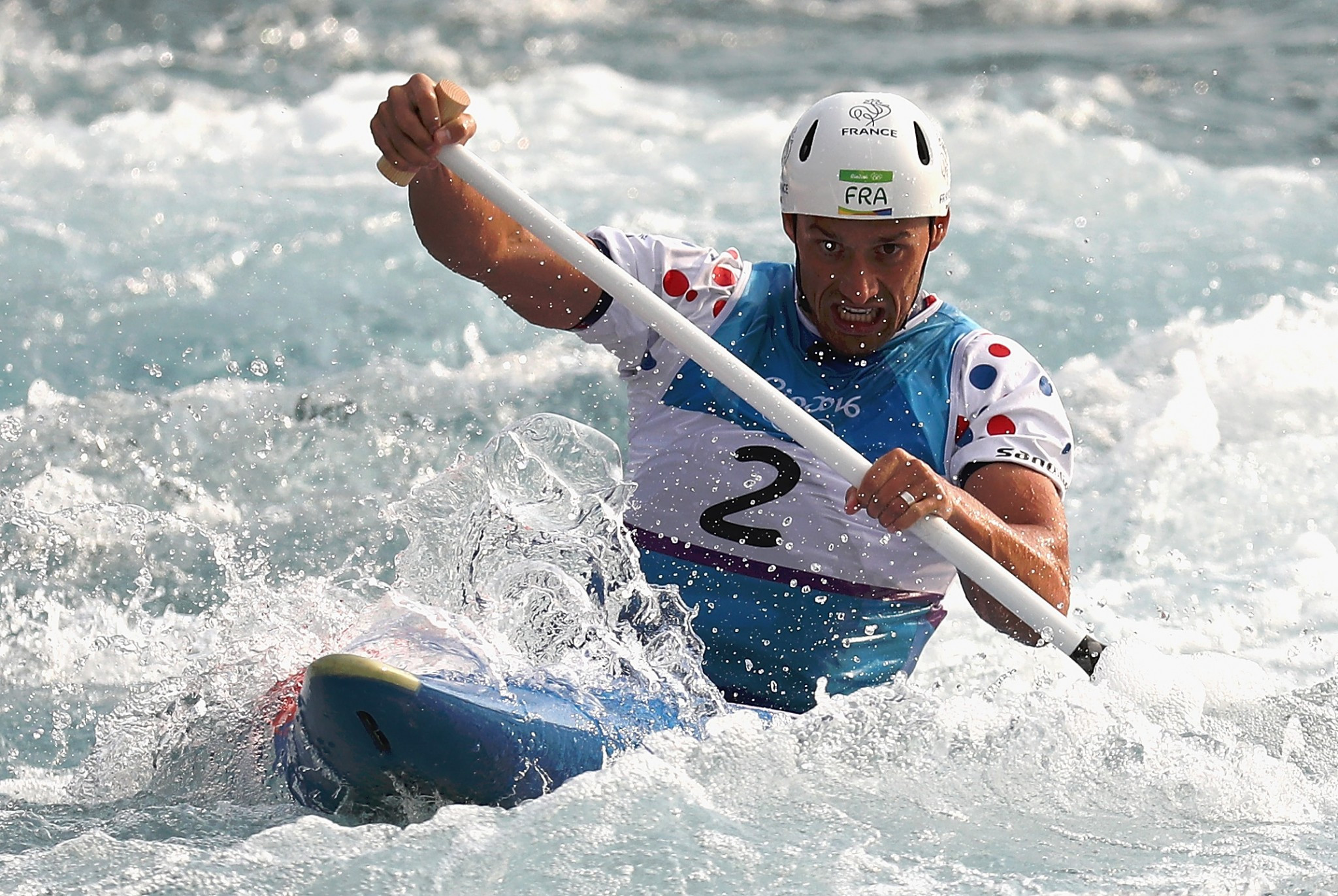 Olympic canoe slalom champions do it the hard way on Barcelona 1992 World Cup course