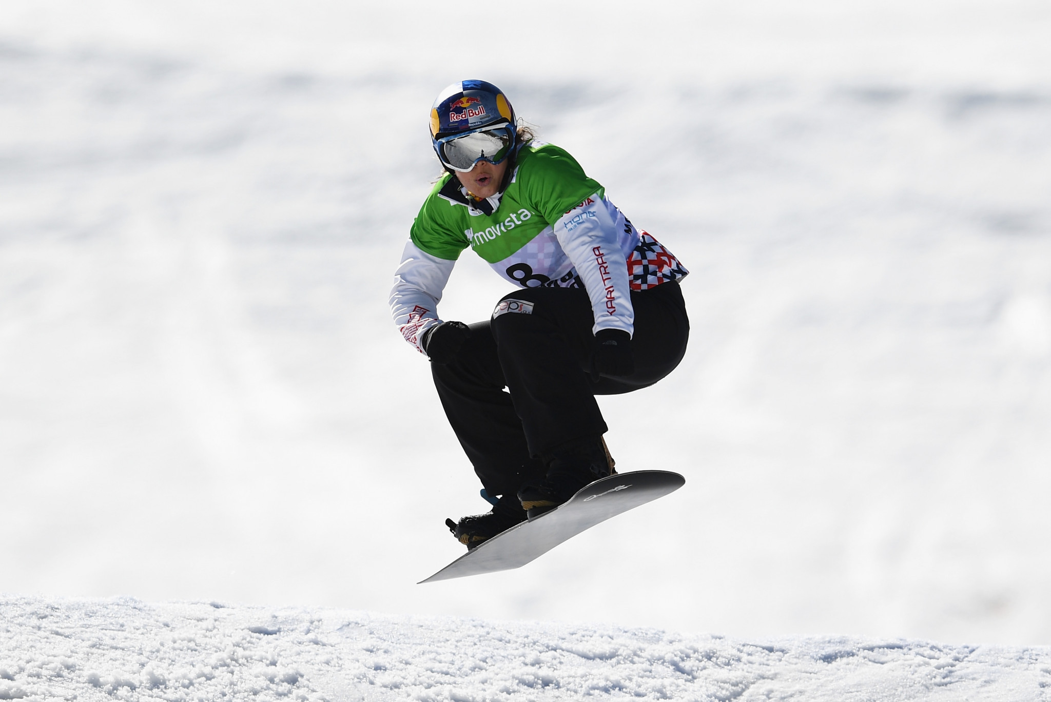 Samková and defending champion Hämmerle Snowboard Cross World Cup winners in Italy