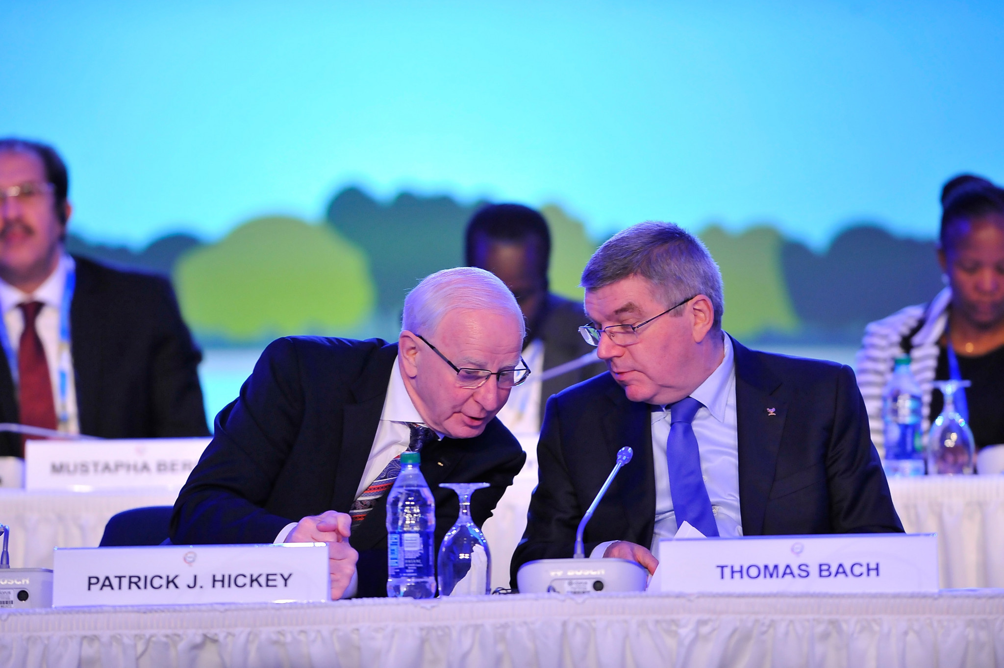 Patrick Hickey pictured with IOC President Thomas Bach ©Getty Images