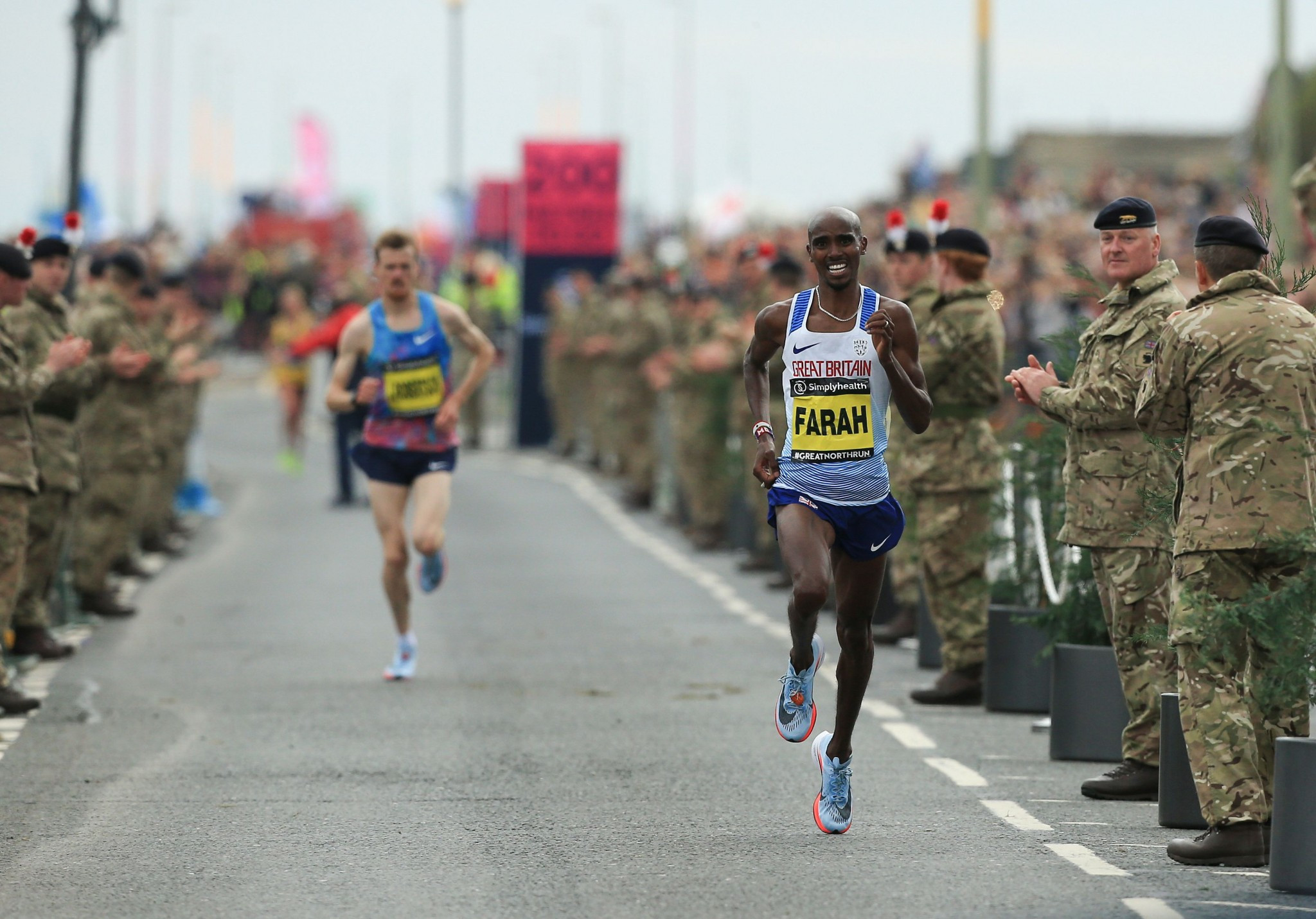 Farah and Keitany equal Great North Run victory records