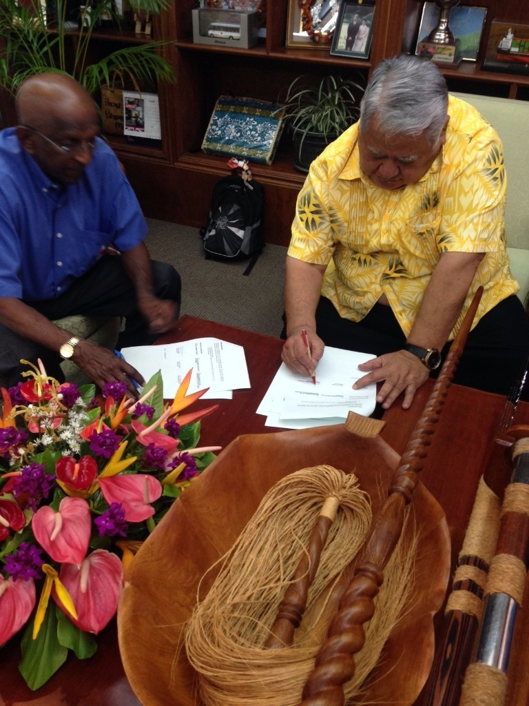 The hosting contract was signed at the Government Building Complex in Apia ©PGC