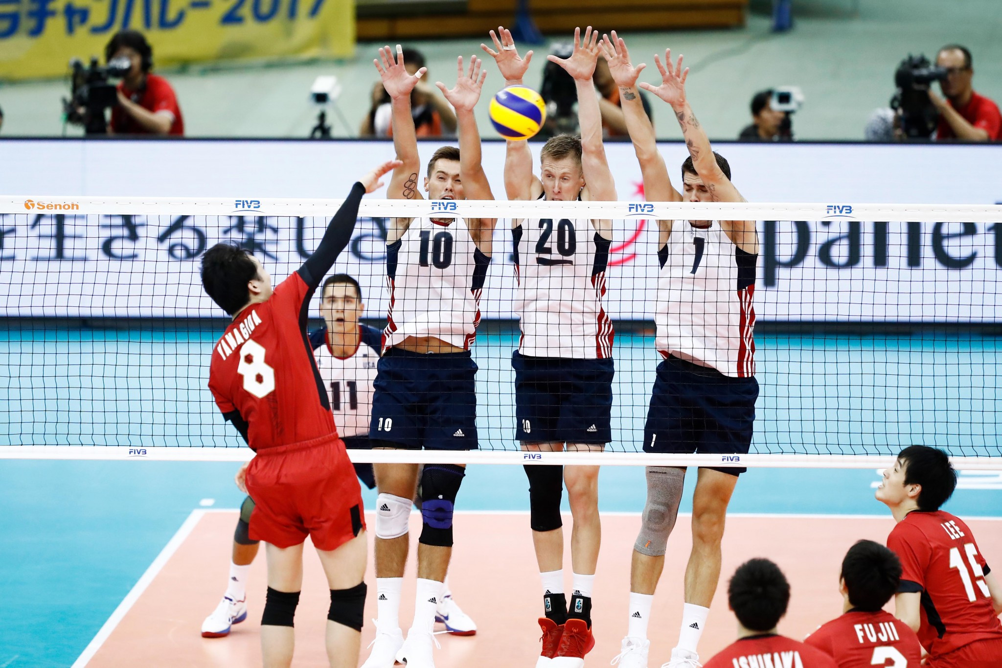 The United States were too strong for hosts Japan ©FIVB