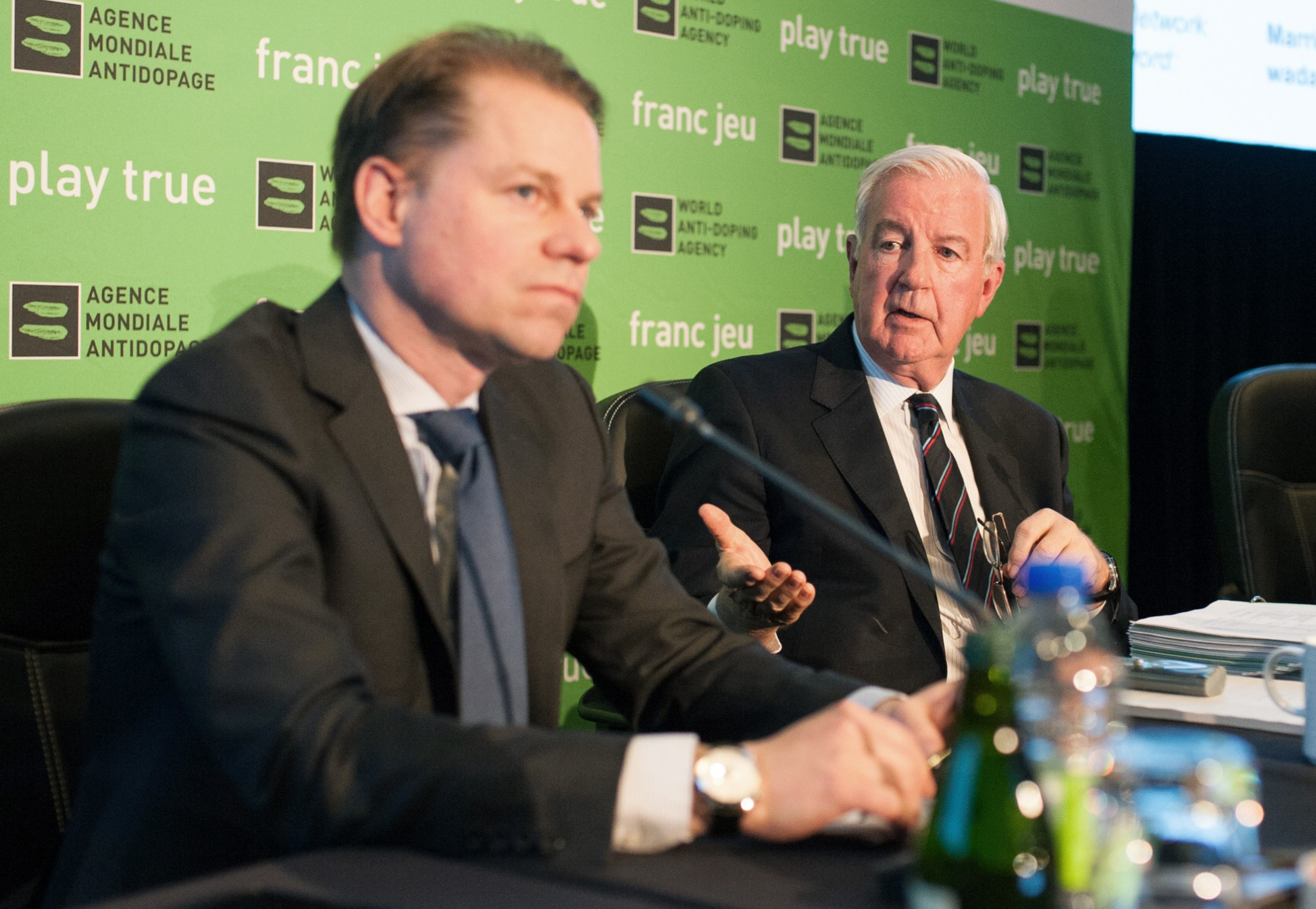 Olivier Niggli, left, pictured with WADA President Sir Craig Reedie, has reportedly said there is not enough evidence against the 95 athletes identified in the McLaren Report ©Getty Images