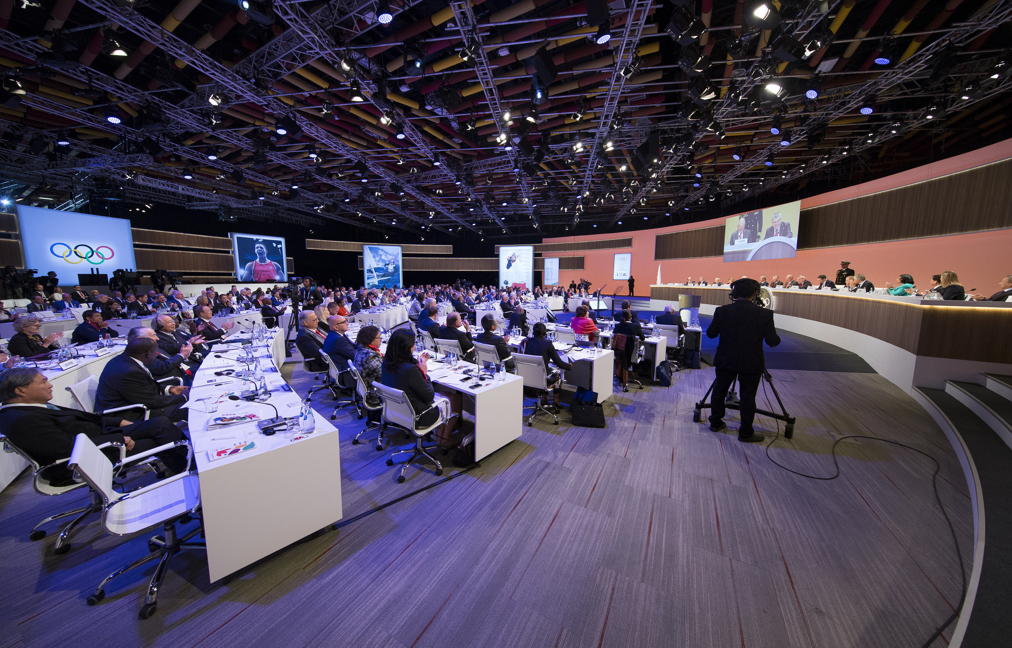 Several IOC members voiced their concerns on the current credibility issues facing the body during the Session ©IOC