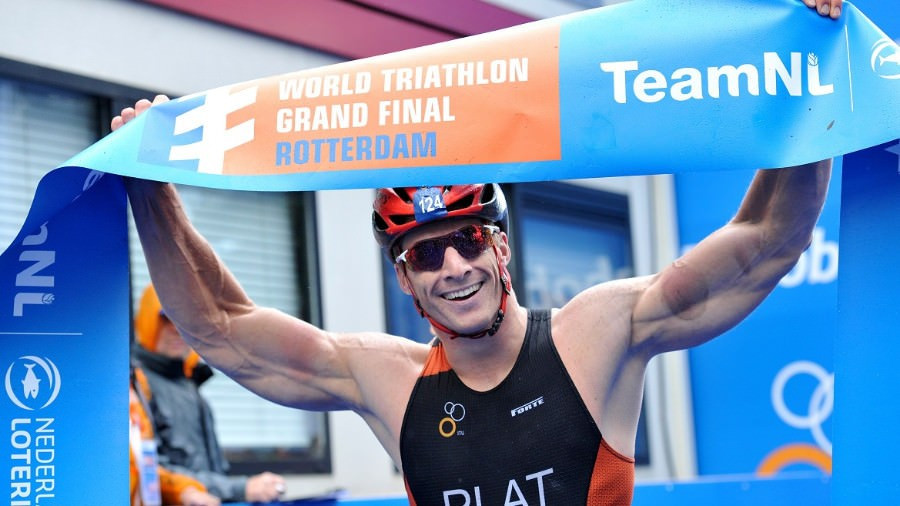 Rio 2016 champion Jetze Plat won gold on home soil ©ITU