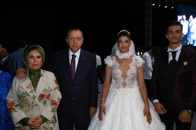 Erdogan honours promise to taekwondo world champion by attending wedding