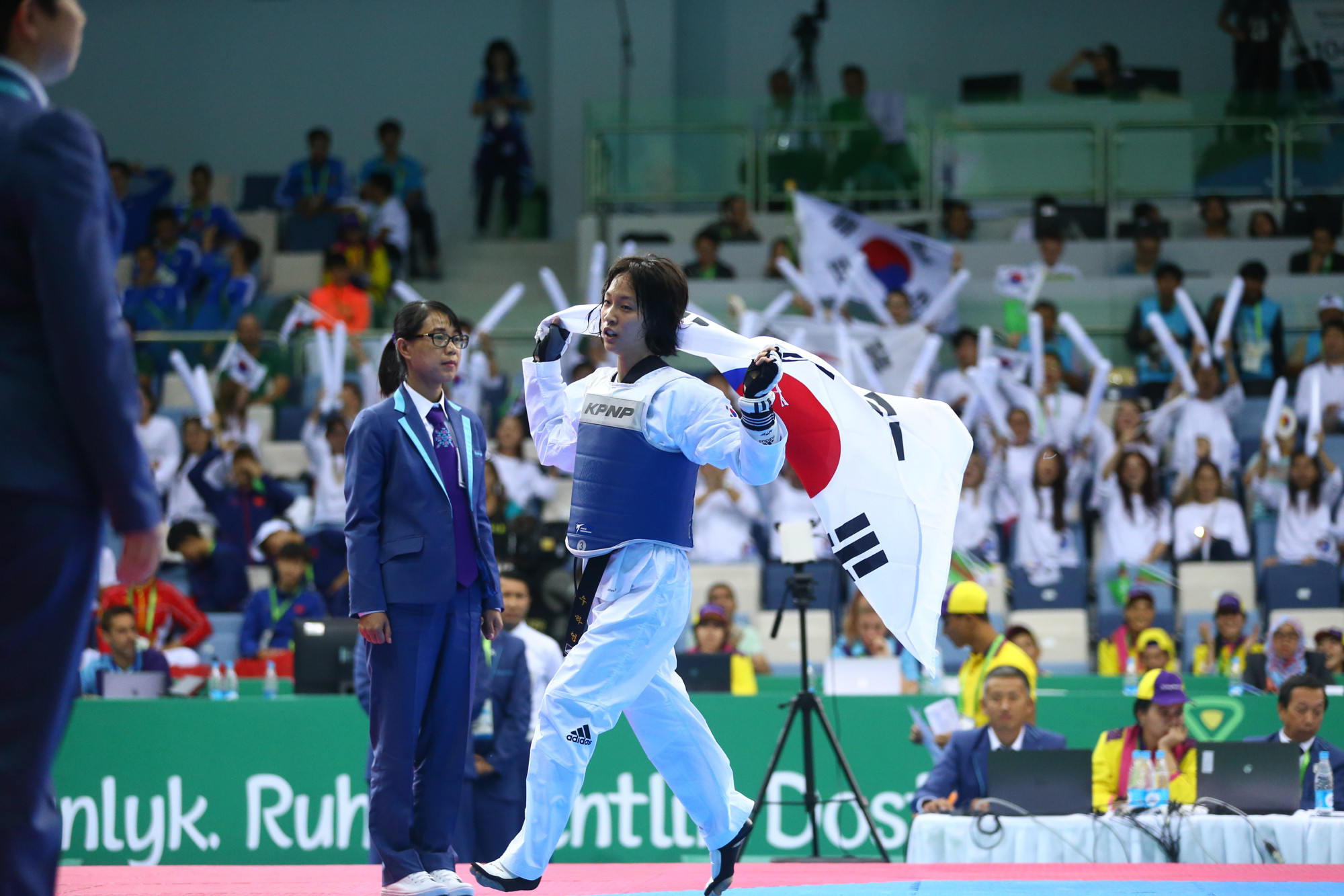 South Korea and Iran share spoils on day two of Ashgabat 2017 taekwondo action