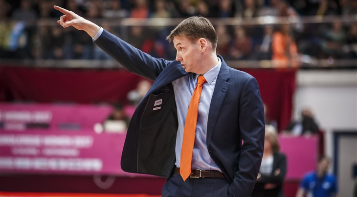 Germany's Lange placed in charge of Russian women's basketball team