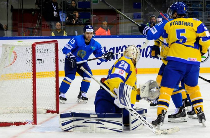 Kazakhstan beat Ukraine 5-2 in their World Championship Division I Group A game