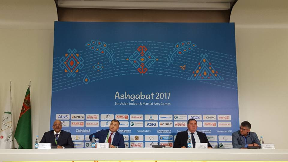 International Sambo Federation President Vasily Shestakov, third from left, has hailed the sport's inclusion on the programme for the 2018 Asian Games ©ITG