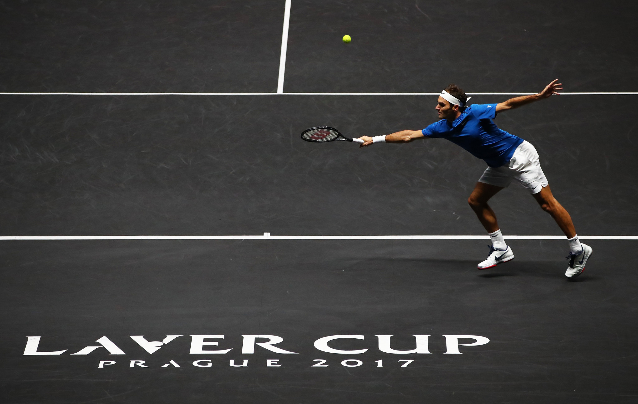 Federer wins dramatic clash with Kyrgios to seal Laver Cup for Europe