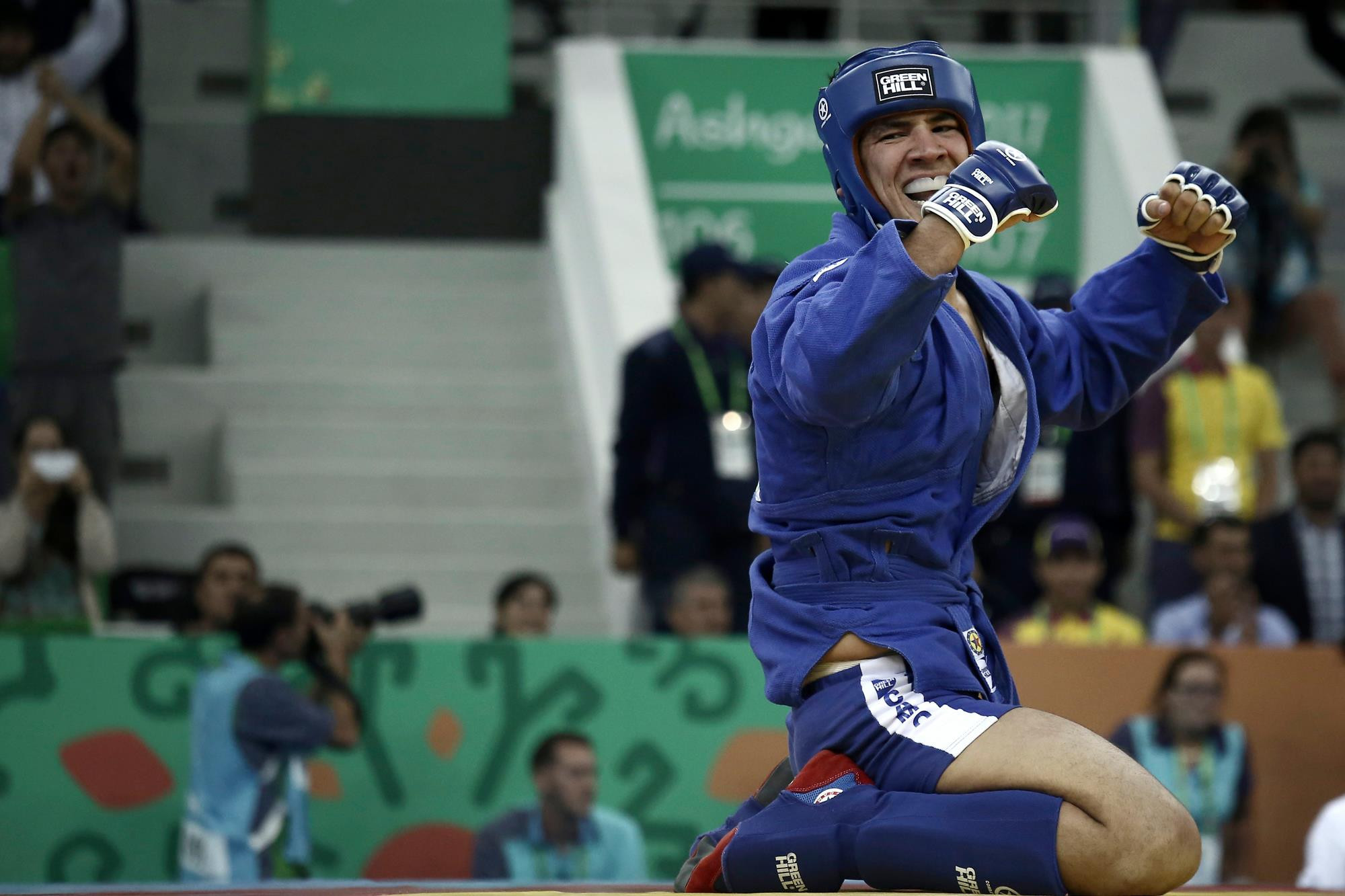 Turkmenistan's Çarymyrat Annagurbanow won the men's combat under 100 kilograms sambo competition ©Ashgabat 2017/Facebook