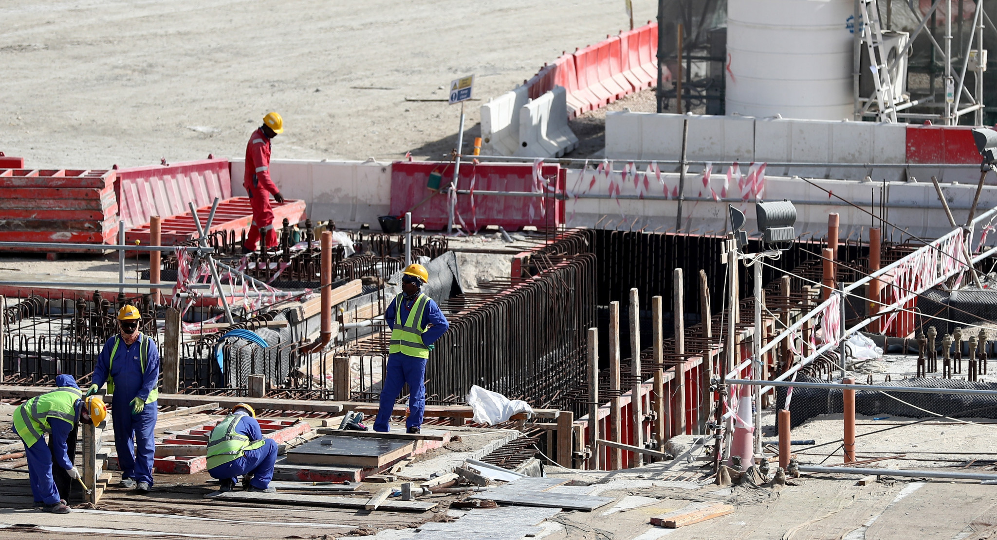 Human Rights Watch calls on FIFA to urge Qatar to enforce outdoor work restrictions