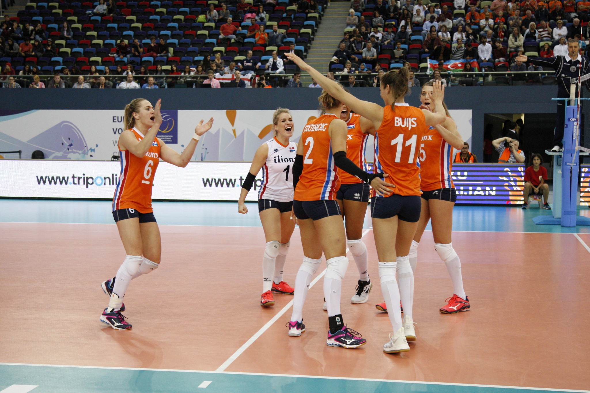 The Netherlands and Serbia coast into last four of Women's European Volleyball Championships