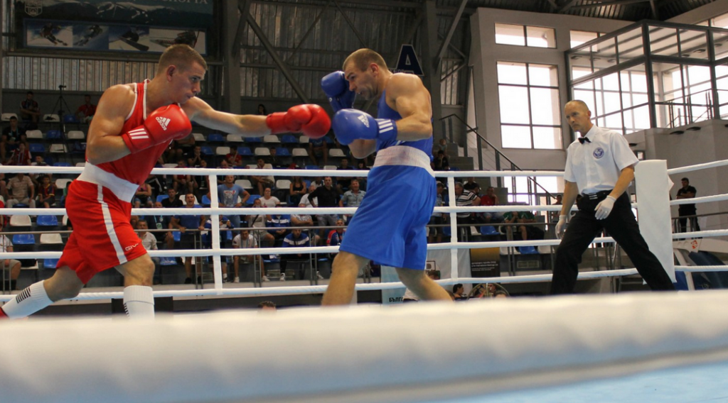 Hungarian boxer causes shock at European Confederation Continental Championships