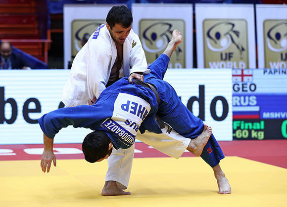 Georgia's top seed Amiran Papinashvili en route to gold in the men's -60kg category at the Zagreb IJF Grand Prix ©IJF
