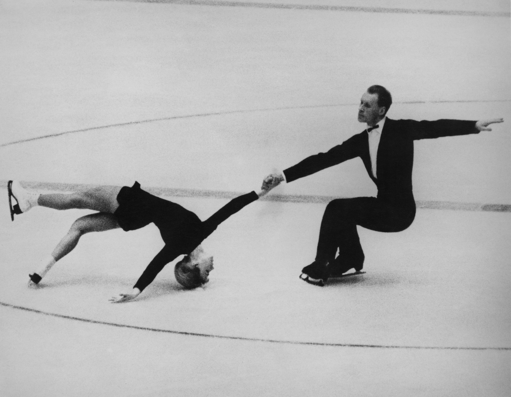 Double Olympic skating gold medallist dies at age of 81
