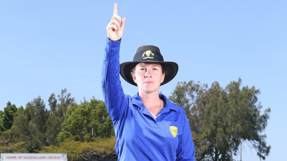 Claire Polosak set for historic umpiring debut in men's cricket