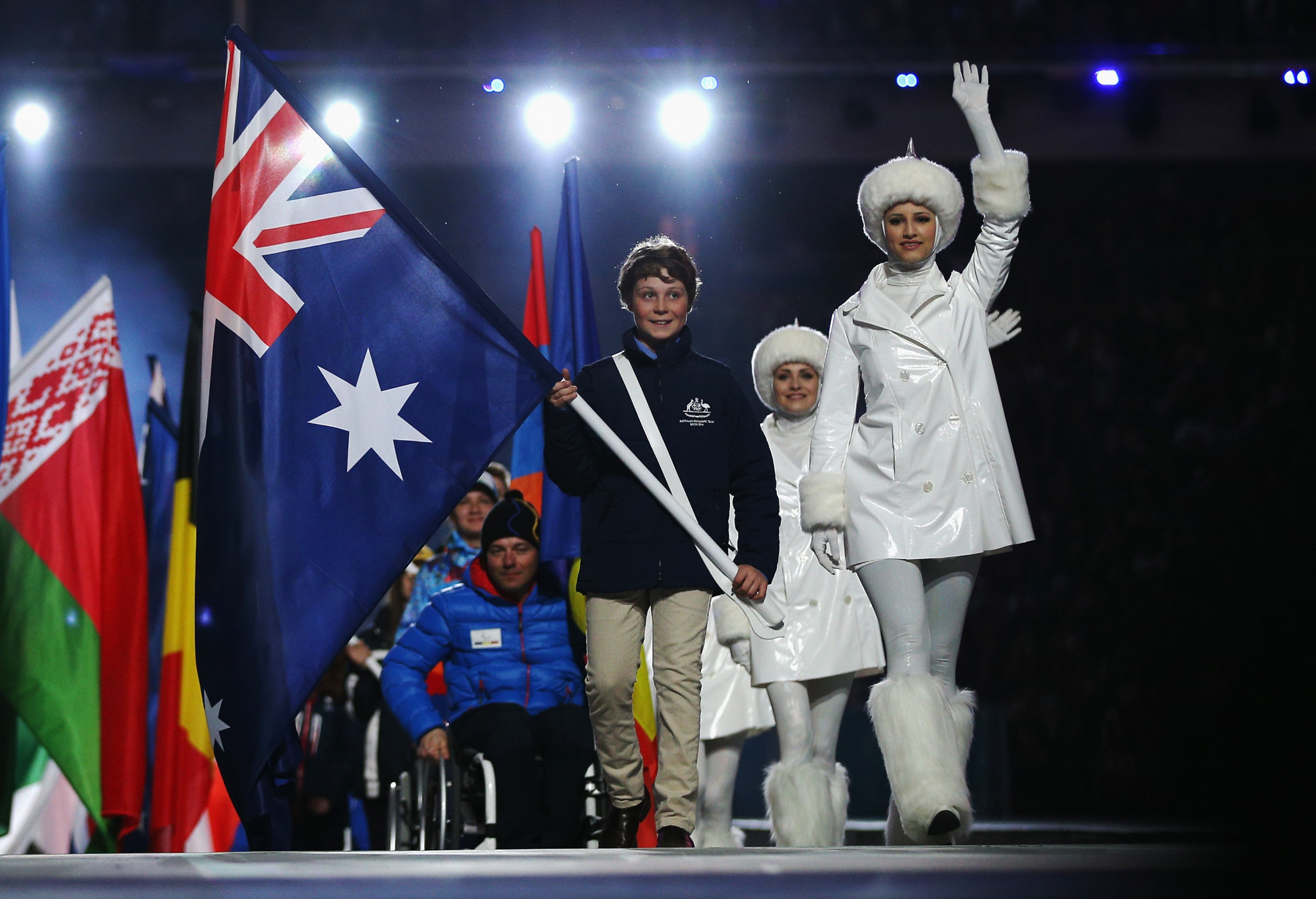 Ben Tudhope carried the Australian flag at the Sochi 2014 Paralympic Games Closing Ceremony ©Getty Images