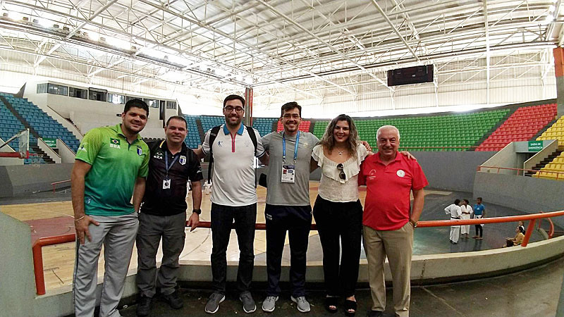 The FISU delegation visited the Rio Vermelho Gymnasium venue ©FISU