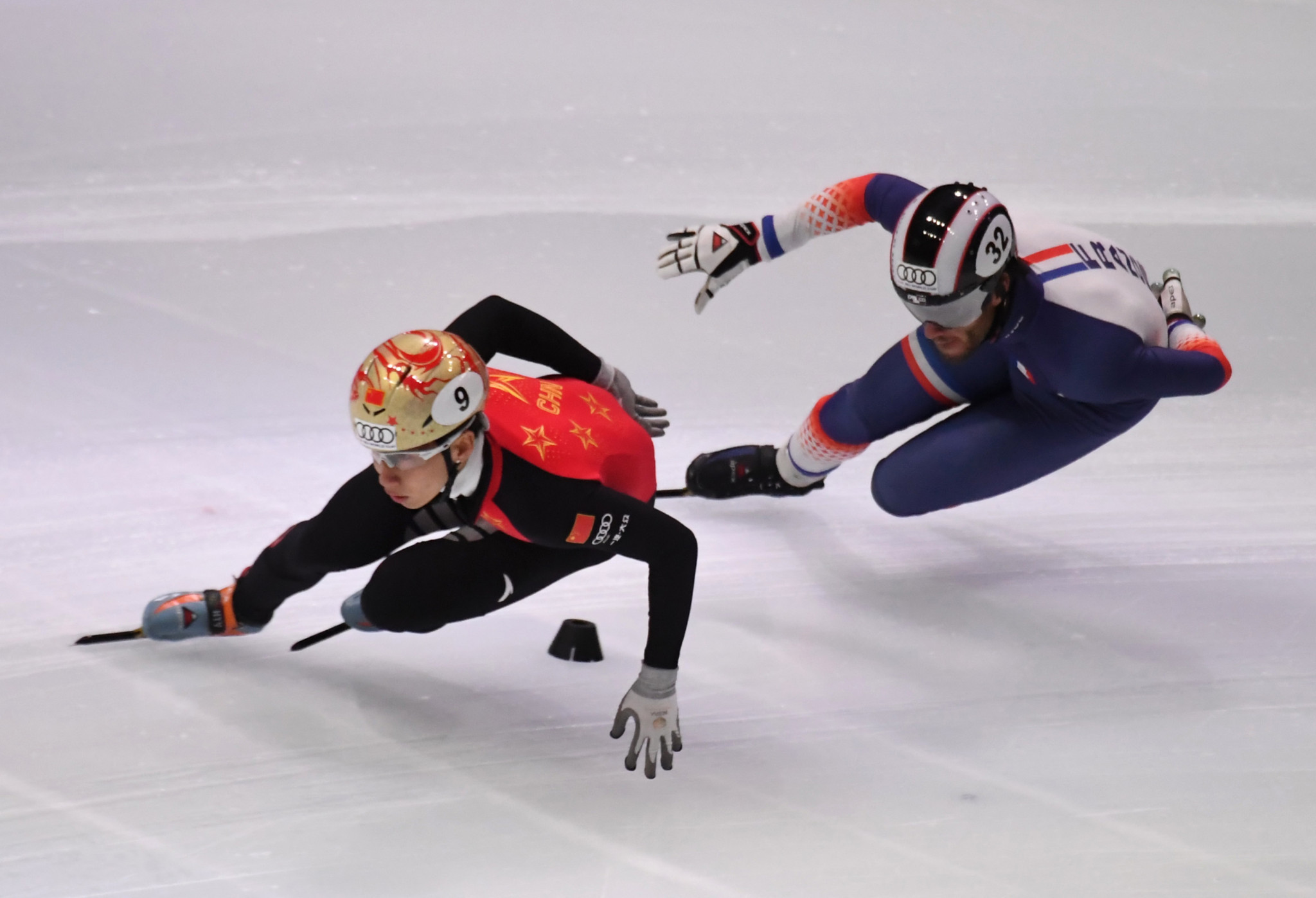 China impress in relay quarter-finals at ISU World Cup Short Track Speed Skating event in Dordrecht