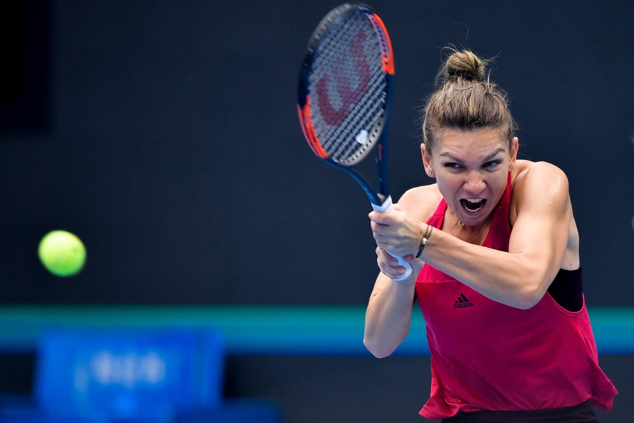 Simona Halep will become the new world number one after the Romanian booked her place in the final of the China Open ©Getty Images